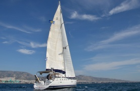 Beneteau 523 - Yachts for charter