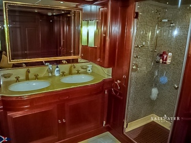 Benetti tradition 100 Super Yacht for Sale in Greece. Motor Yacht sales. Saltwater Yachts
